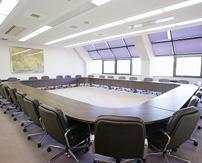 Medium meeting room